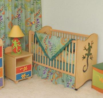 Little Lizard Baby Crib