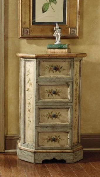 English Garden Accent Chest