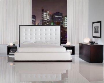 Ludlow II White Platform Bed